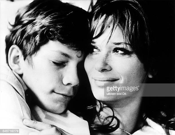 'Herzflimmern' Regisseur Louis MalleLea Massari als Mutter Benoit Ferreuxals der 15jährige Laurent