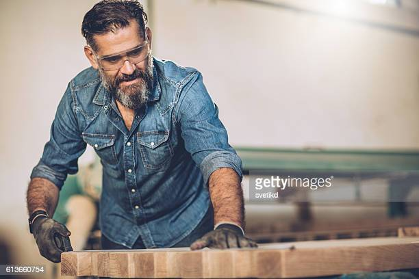 Er schönste in seiner Werkstatt