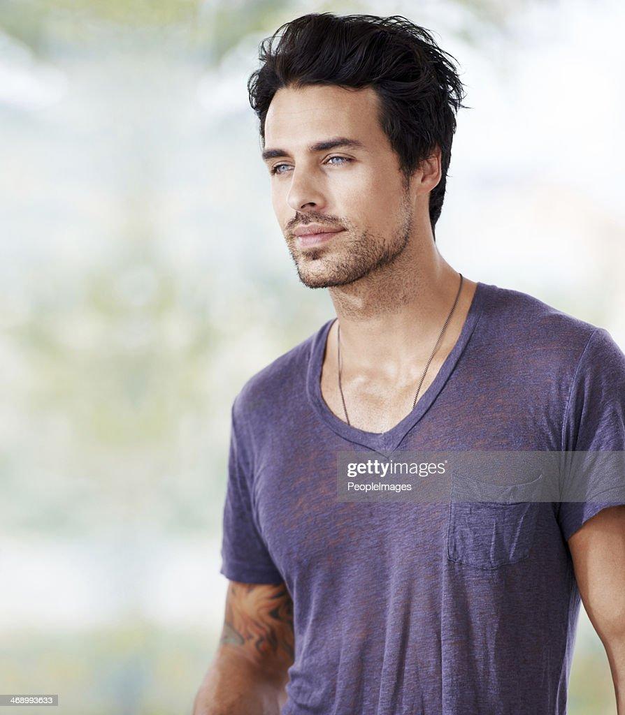 Er ist süchtig gut aussehen! : Stock-Foto