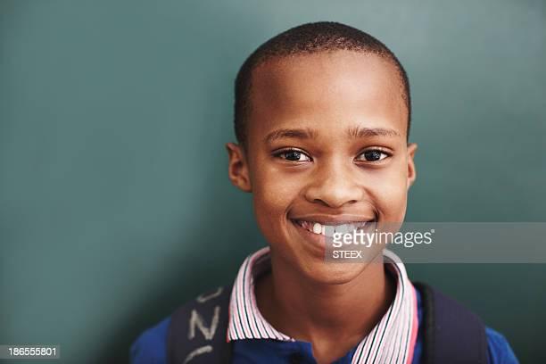Él es la estrella brillante en su montaje tipo aula