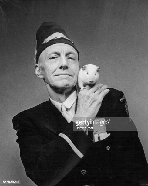 He's the Golden Rodent William Morton a disabled American veteran from Cincinnati Ohio is in fact a Trench Rat Better still he's the 'golden rodent'...