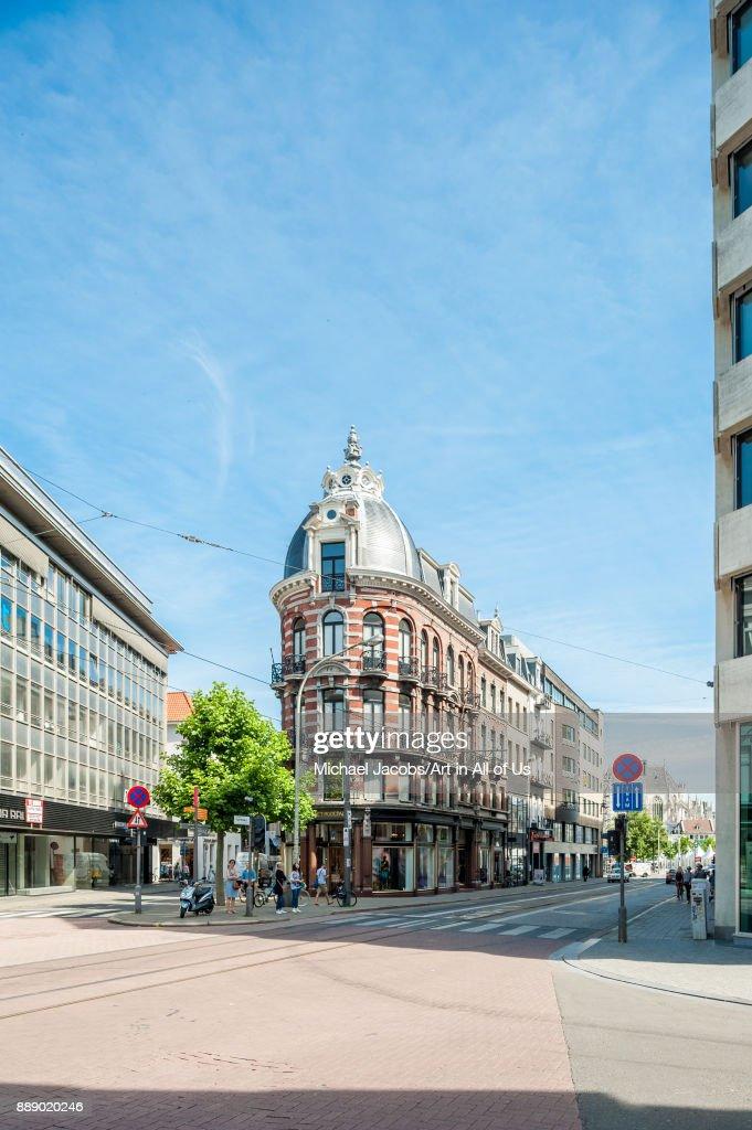 3da85247d6 Het modepaleis - Dries Van Noten flagship store in the ...