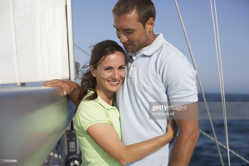 Heterosexual couple on a boat : Photo