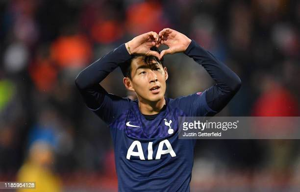 HeungMin Son of Tottenham Hotspur celebrates after he scores his team's third goal during the UEFA Champions League group B match between Crvena...