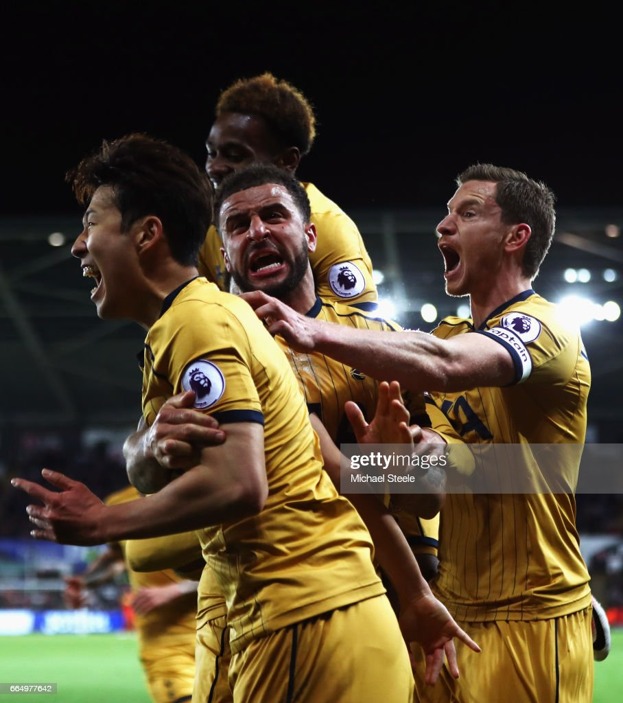 Heung-Min Son of Tottenham Hotspur celebrates scoring his sides second goal with his Tottenham Hotspur team mates during the Premier League match between Swansea City and Tottenham Hotspur at the Liberty Stadium on April 5, 2017 in Swansea, Wales.