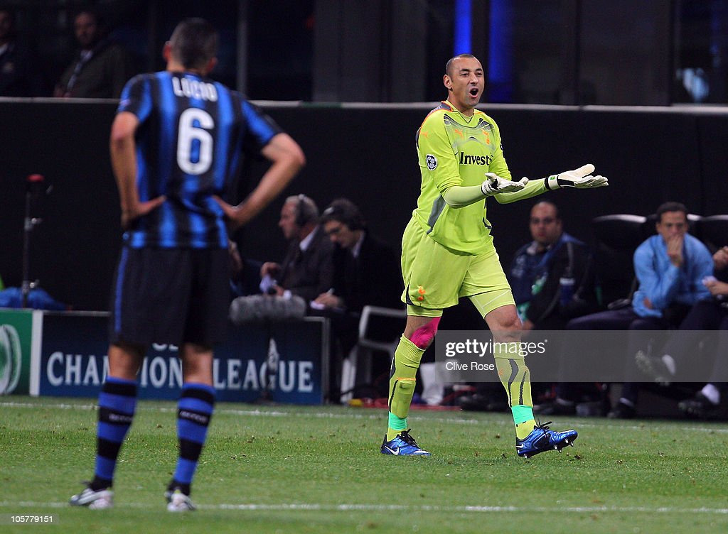 Heurelho Gomes of Tottenham Hotspur reacts after being sent off during the UEFA Champions League Group A match between FC Internazionale Milano and Tottenham Hotspur at the Stadio Giuseppe Meazza on October 20, 2010 in Milan, Italy.
