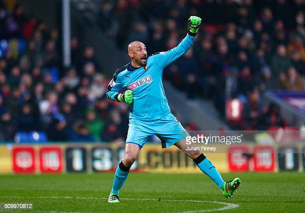 Heurelho Gomes of Watford celebrates his team's second goal during the Barclays Premier League match between Crystal Palace and Watford at Selhurst...