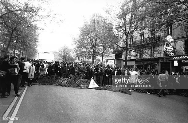 Heurts entre la Police et les étudiants lors des mouvements et manifestations survenus en France durant les évènements de Mai 68 à Paris France en...