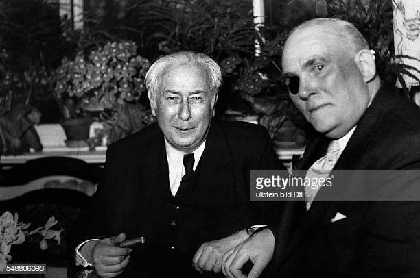 Heuss Theodor Politician FDP Germany *31011884 Federal president 19491959 at a meeting with the first federal representative for Berlin Heinrich...