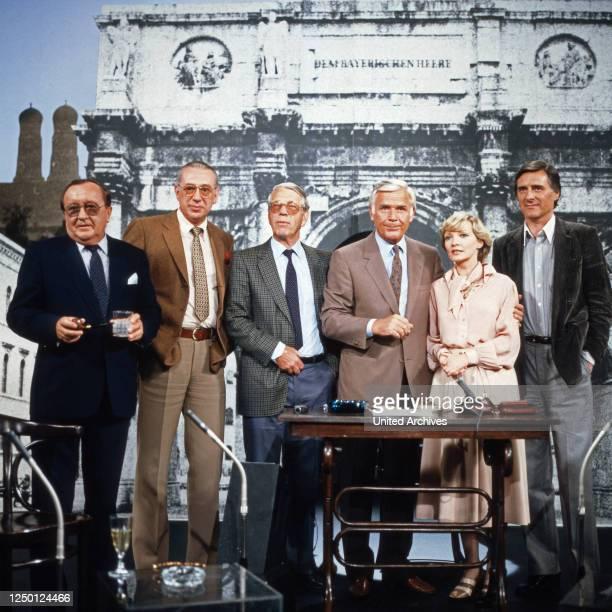 Heut' abend, Talkshow, Deutschland 1980 - 1991, Joachim Fuchsberger empfängt die Talkgäste: Siegfried Lowitz, Horst Tappert , Karin Anselm, Helmut...