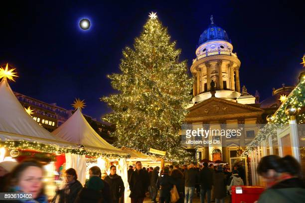 Heute eroeffneten die Berliner Weihnachtsmaerkte > Weihnachtszauber am Gendarmenmarkt <in Berlin