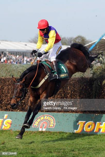 Hey Big Spender ridden by Joe Tizzard during the John Smith's Handicap Chase