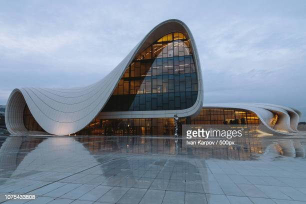 heydar aliyev center (front) - heydar aliyev stock pictures, royalty-free photos & images