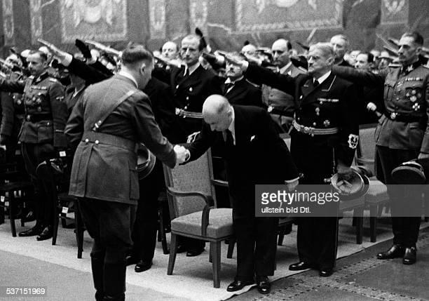 Heydrich, Reinhard - Politiker, NSDAP, D, , - state funeral after Heydrich died of injuries suffered in an assassination attempt, - Adolf Hitler is...