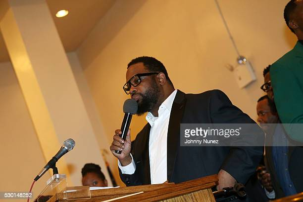 Hezekiah Walker performs at Kathy Jordan Sharpton's Birthday Celebration at Canaan Baptist Church of Christ on May 9 2016 in New York City