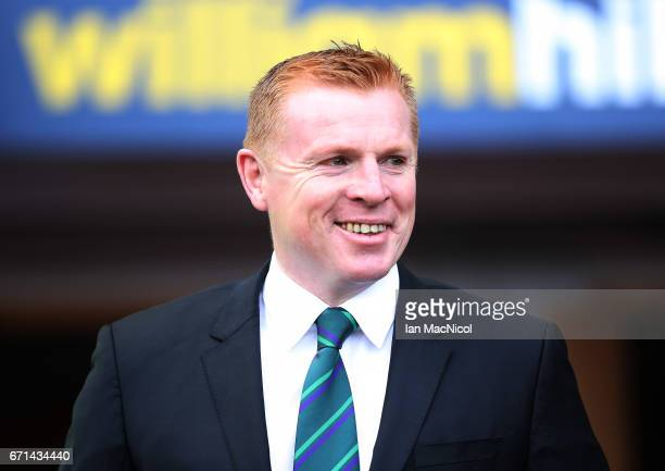 Hibernian manager Neil Lennon looks on prior to theWilliam Hill Scottish Cup semifinal match between Hibernian and Aberdeen at Hampden Park on April...