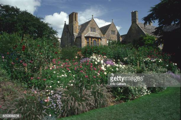 hidcote manor gardens - gloucestershire stock pictures, royalty-free photos & images