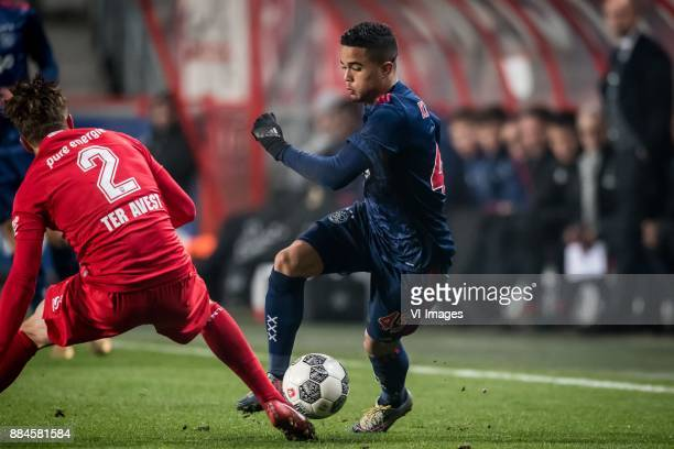 Hidde ter Avest of FC Twente Justin Kluivert of Ajax during the Dutch Eredivisie match between FC Twente Enschede and Ajax Amsterdam at the Grolsch...