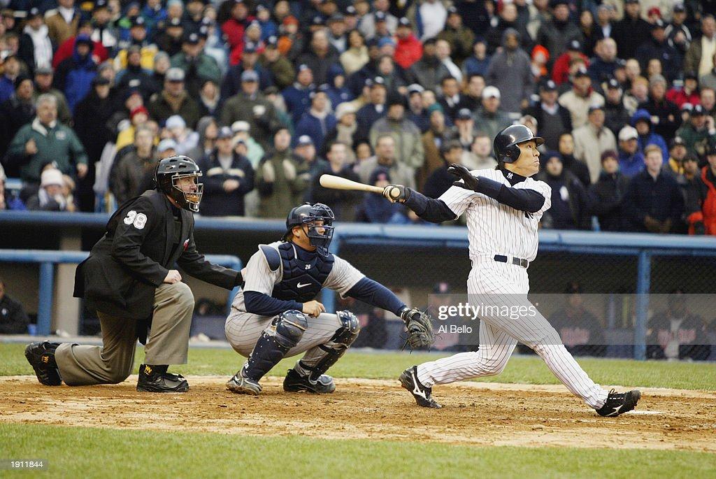 Matsui hits home run : News Photo