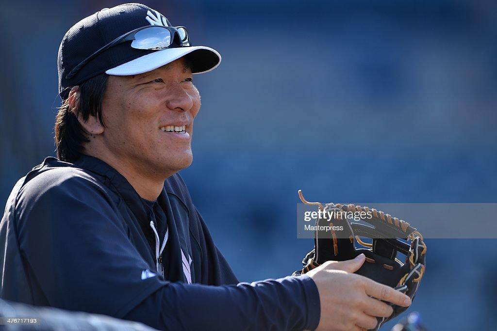 Japanese MLB Players During 2014 Spring Training : News Photo