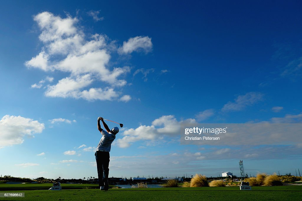 Hideki Matsuyama of Japan hits his tee shot on the 18th hole during the final round of the Hero World Challenge at Albany, The Bahamas on December 4, 2016 in Nassau, Bahamas.
