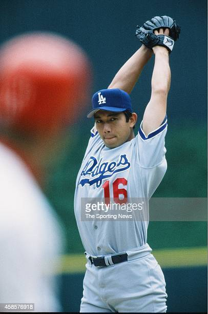 Hideo Nomo of the Los Angeles Dodgers pitches against the St. Louis Cardinals at Busch Stadium on May 12, 1996 in St Louis, Missouri.