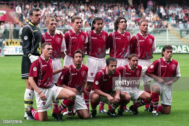 Hidetoshi Nakata and Perugia players line up for the team photos prior to the Serie A match between Sampdoria and Perugia at the Stadio Luigi...