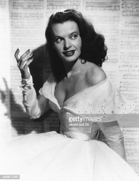 Hielscher Margot *Schauspielerin Schlagersaengerin D Portrait 1955
