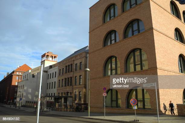 Hier im Campus an der Spree innerhalb des neu entstehenden Forum Museumsinsel wird Google seine neue erweiterte Repraesentanz in Berlin eroeffnen, so...