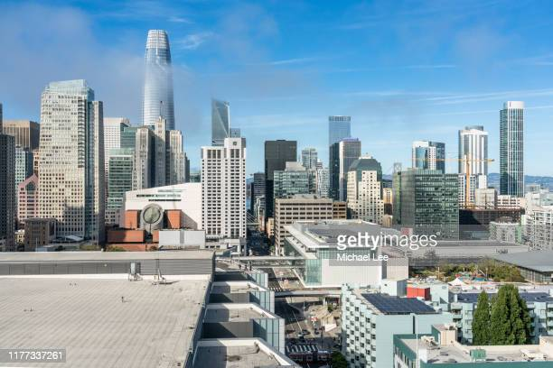 high angle san francisco skyline view from south of market - museo de arte contemporáneo fotografías e imágenes de stock