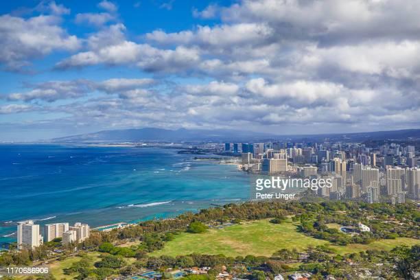 high angle view cityscape of the city of honolulu,oahu,hawaii,usa - ダイヤモンドヘッド ストックフォトと画像