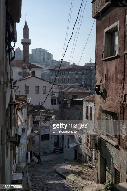 high angle view of 427th street in izmir. - emreturanphoto fotografías e imágenes de stock