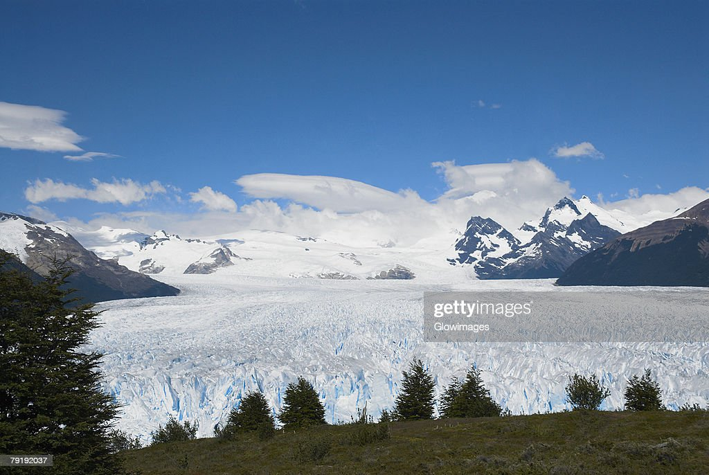 High angle view of a glacier, Moreno Glacier, Argentine Glaciers National Park, Lake Argentino, El Calafate, Patagonia, Argentina : Foto de stock