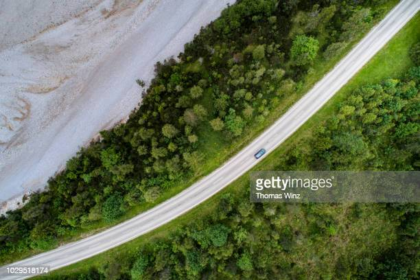 high angle view of a road , river bed - flussbett stock-fotos und bilder