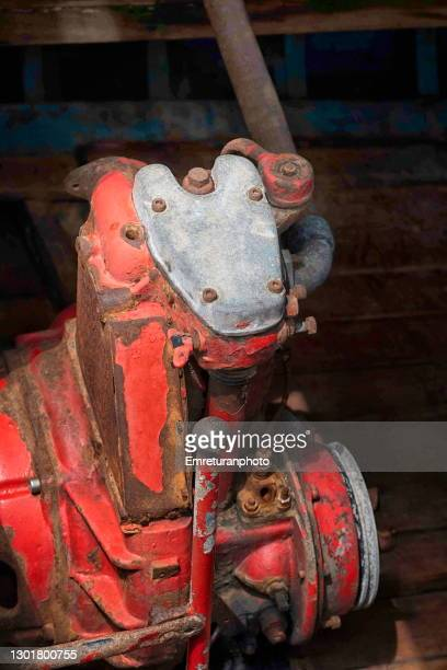 high angle view of a rusty boat engine. - emreturanphoto stock pictures, royalty-free photos & images