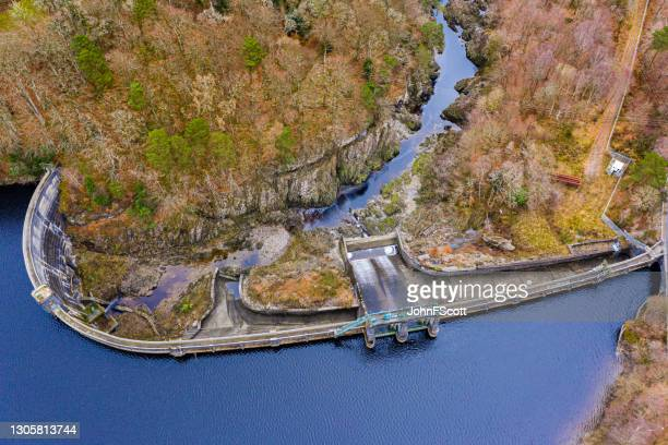 high angle view of a scottish hydro electric dam - johnfscott stock pictures, royalty-free photos & images