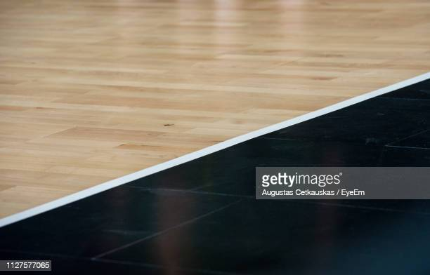 high angle view of basketball court - differential focus stock pictures, royalty-free photos & images