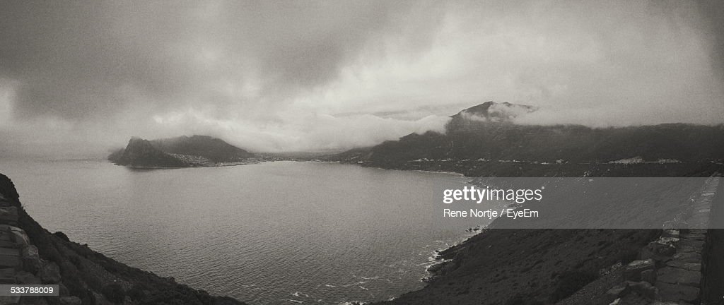 High Angle View Of Beach And Stormy Clouds : Foto stock
