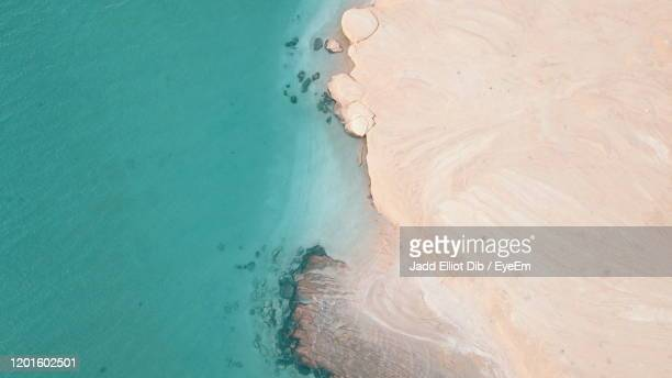 high angle view of beach - persian gulf countries stock pictures, royalty-free photos & images