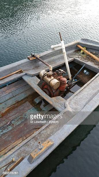 high angle view of boat in lake - lowitsch stock-fotos und bilder