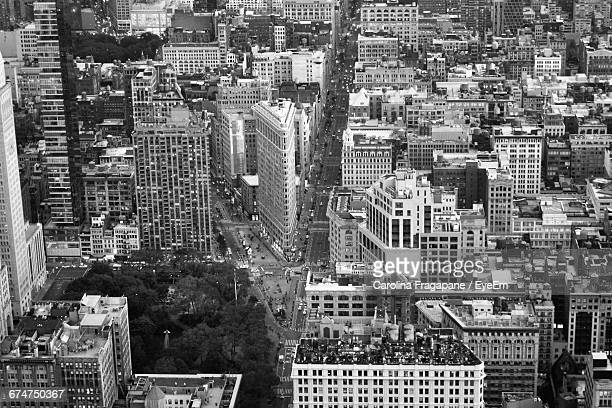 high angle view of buildings in manhattan - carolina fragapane stock pictures, royalty-free photos & images