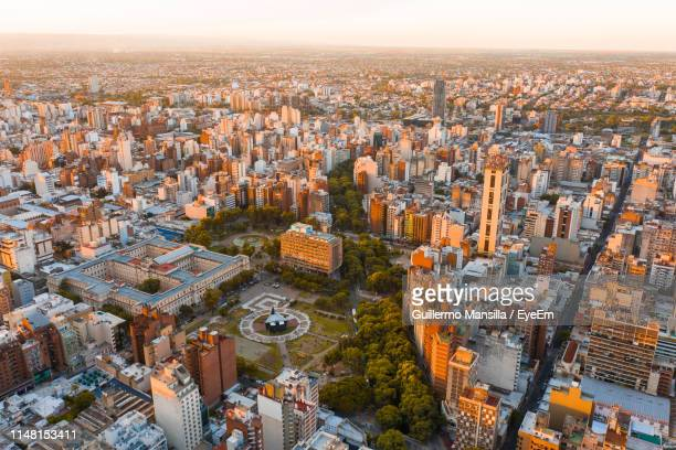 high angle view of city buildings - cordoba argentina fotografías e imágenes de stock