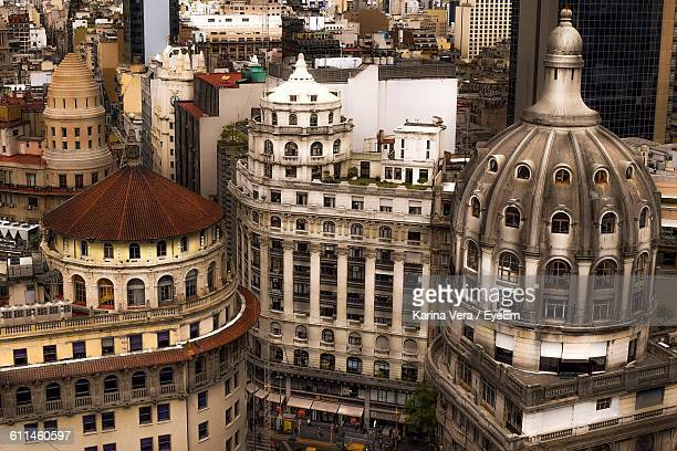 high angle view of city buildings - buenos aires photos et images de collection