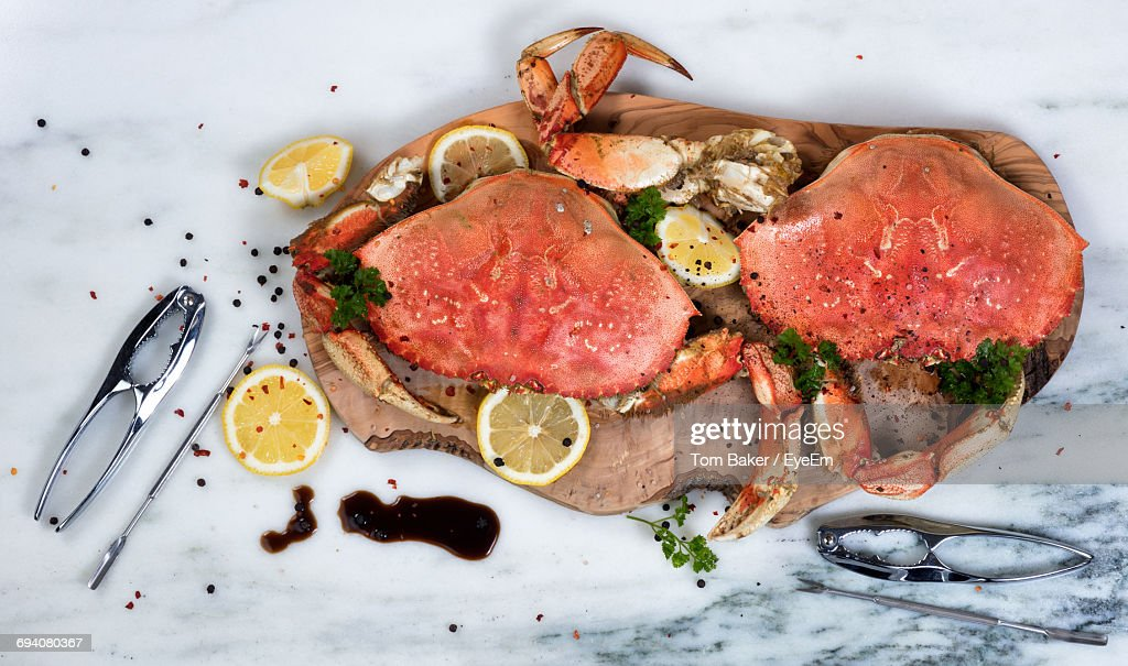 High Angle View Of Crab Served On Tray : Stock Photo