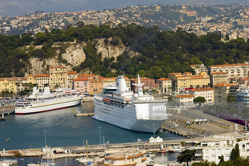 High angle view of cruise ships docked at a harbor, Nice, France : Foto de stock