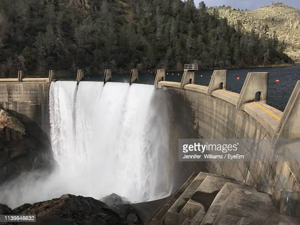 high angle view of dam - dam stock pictures, royalty-free photos & images