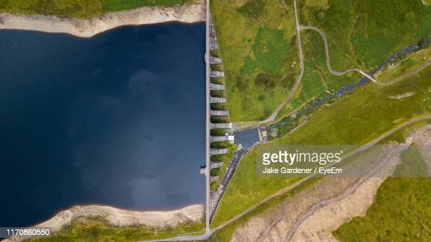 high angle view of dam - reservoir stock pictures, royalty-free photos & images