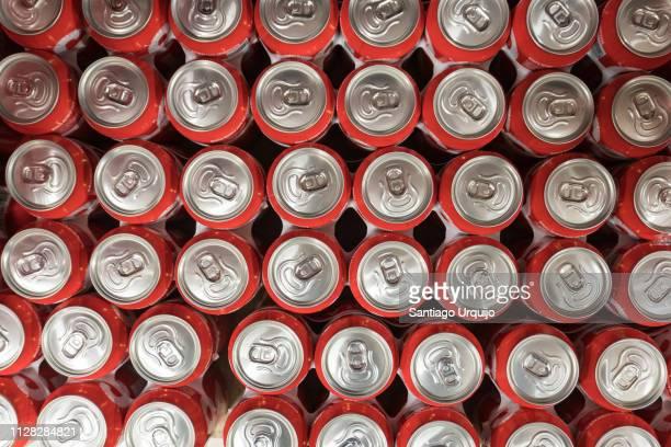high angle view of drink cans - gaseosa fotografías e imágenes de stock