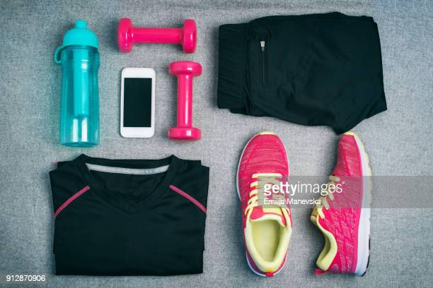 high angle view of fitness equipment - equipamento esportivo - fotografias e filmes do acervo