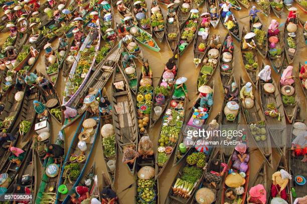 high angle view of floating market - floating market stock pictures, royalty-free photos & images
